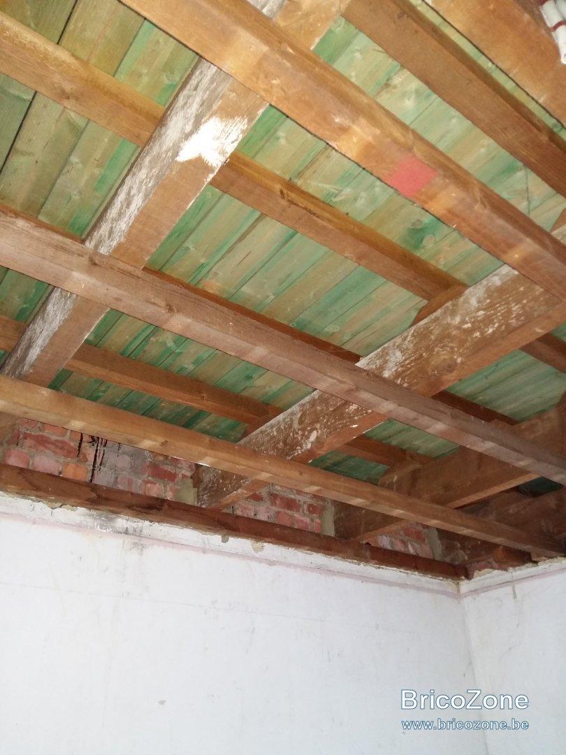 Isolation toiture plate de l 39 int rieur for Isolation toiture par l interieur