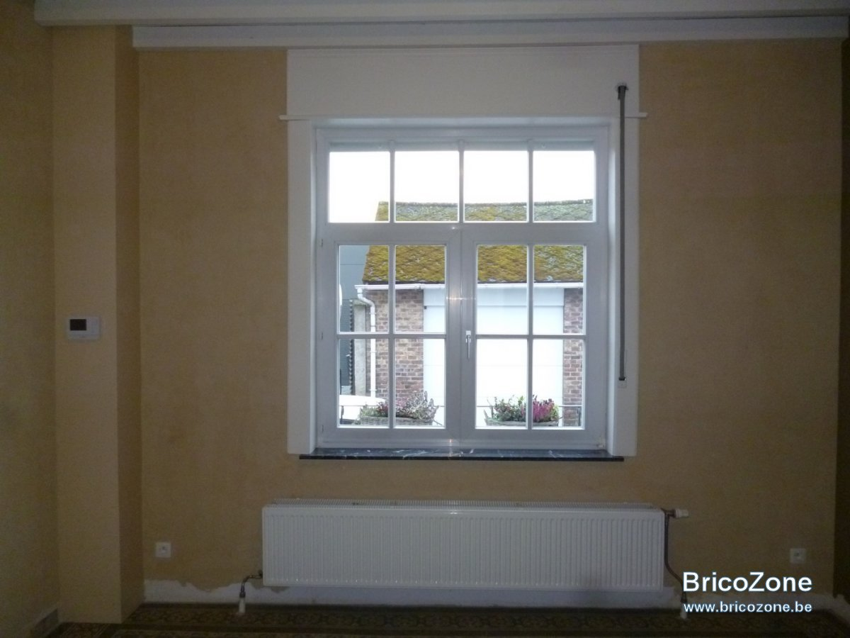 peindre caissons volets int rieur id es. Black Bedroom Furniture Sets. Home Design Ideas