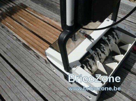 Brosse nettoyage terrasse en bois for Decaper une terrasse en bois