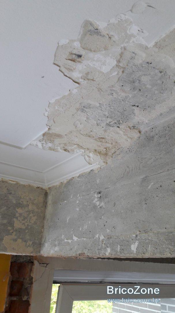 comment retirer du platre enduit sur plafond en beton. Black Bedroom Furniture Sets. Home Design Ideas