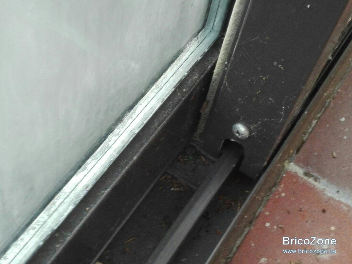 R glage des portes coulissantes sur une veranda en alu des for Reglage porte fenetre coulissante