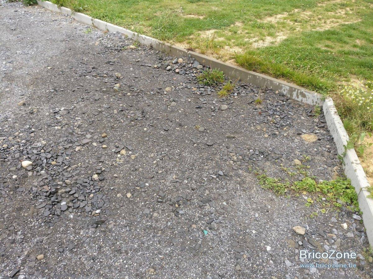 Comment Enlever Ciment Sur Pavés tâche d'huile sur béton et pierre bleue