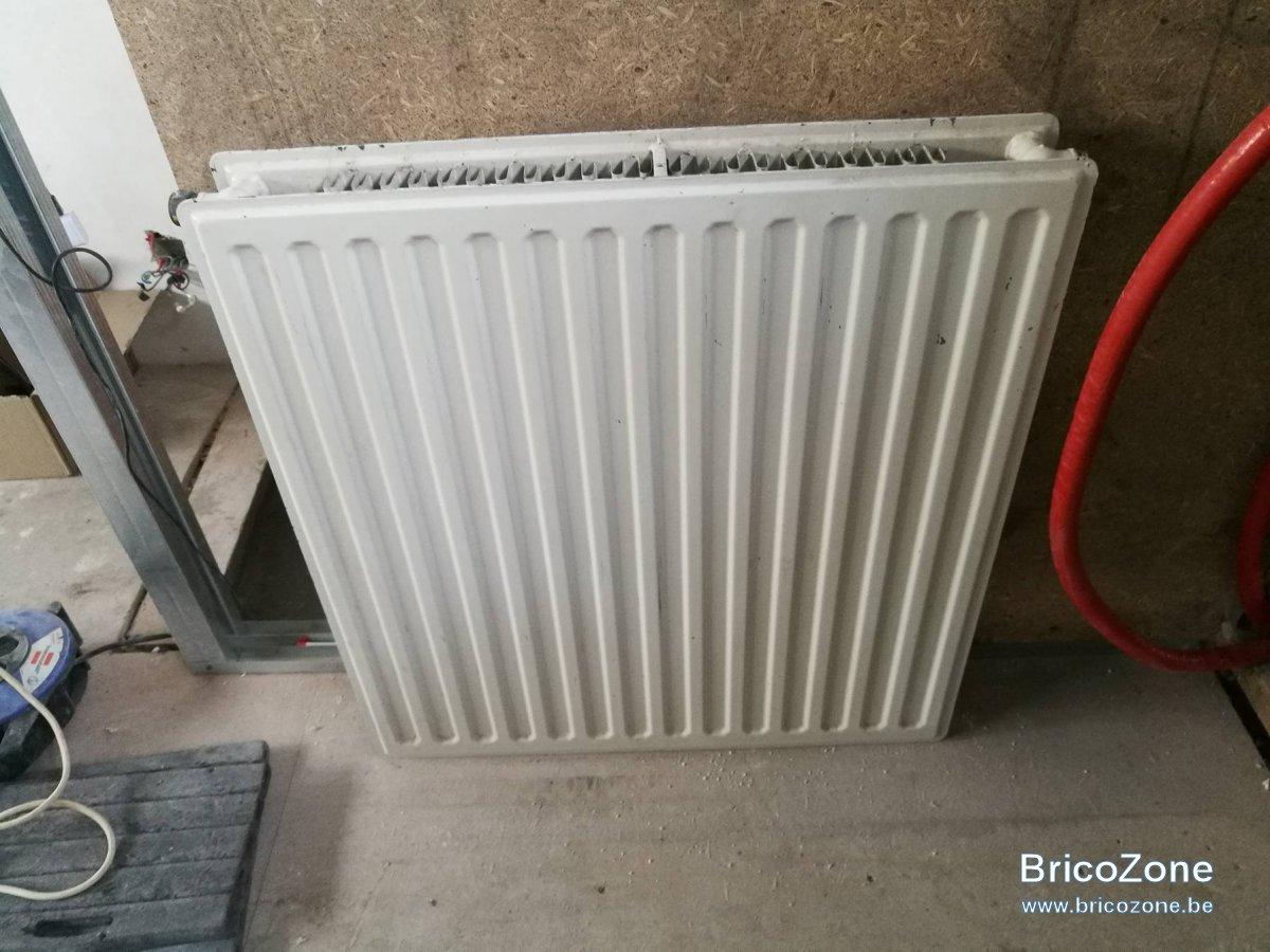 Diff rence raccordement radiateur crois e et non crois e for Tablette au dessus d un radiateur