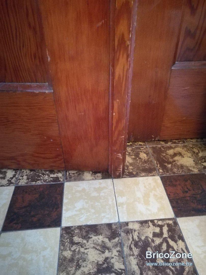 R paration de griffes sur une porte en bois - Reparation de porte en bois ...