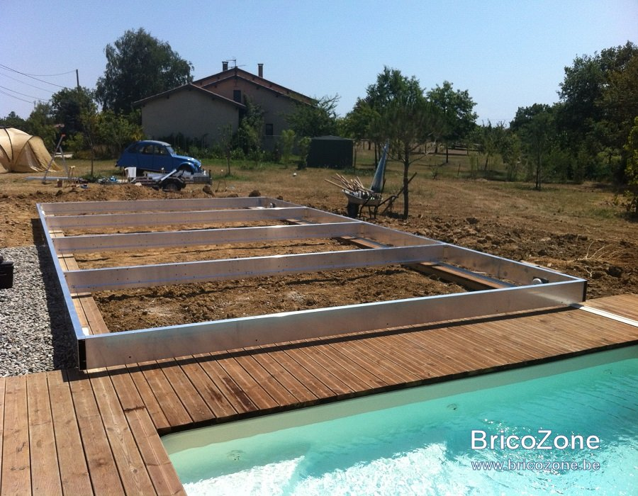 Construction d 39 une terrasse mobile au dessus d 39 une piscine for Construction piscine 59
