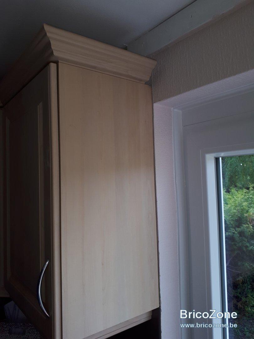 Comment Accrocher Meuble Haut De Cuisine accrocher meuble de cuisine sur linteau