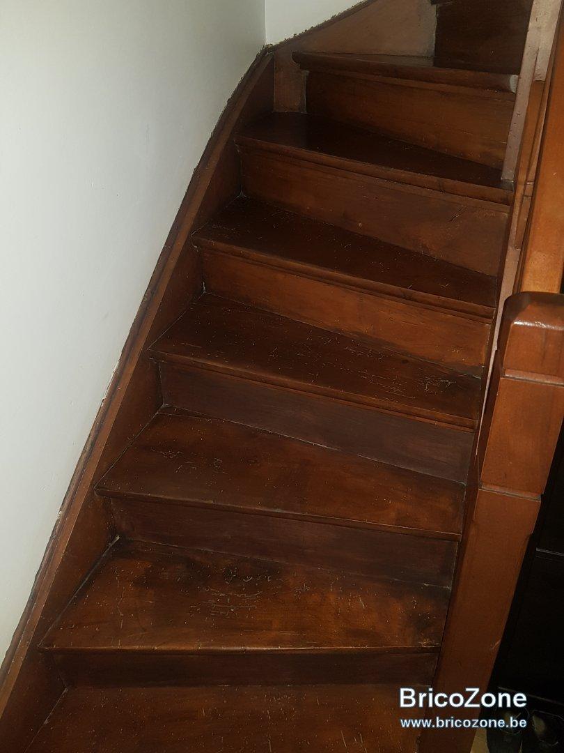 Avec Quoi Recouvrir Un Escalier En Carrelage renovation escalier en bois