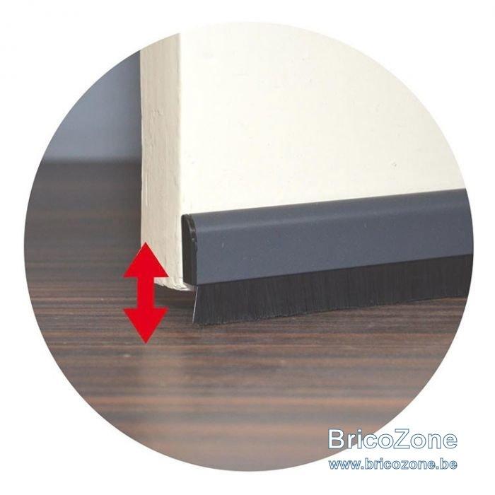 deurstrip-pvc-met-verstelbare-borstel-grijs2.jpg