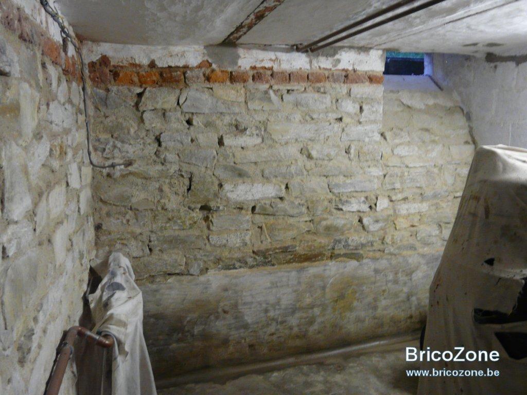 Déchaulage murs cave-4.jpg