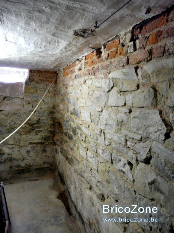 Déchaulage murs cave-10.jpg