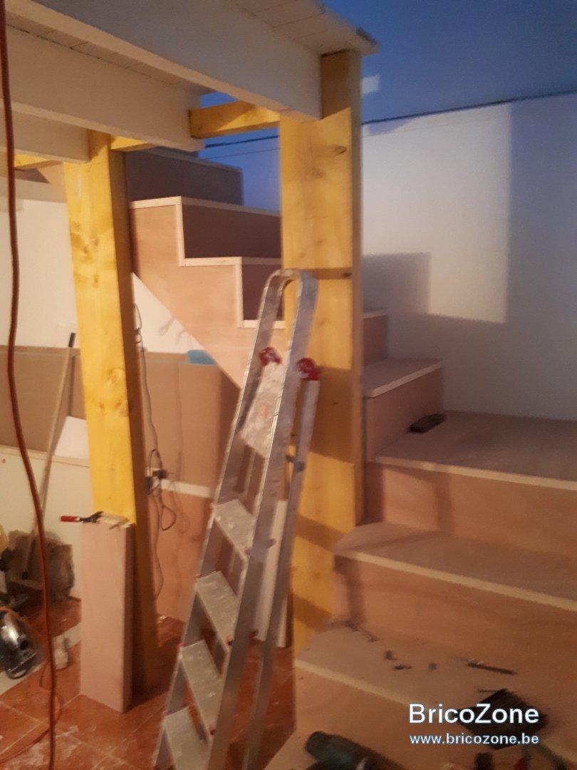 Peindre Un Escalier Carrelé conseil - peinture escalier contreplaqué