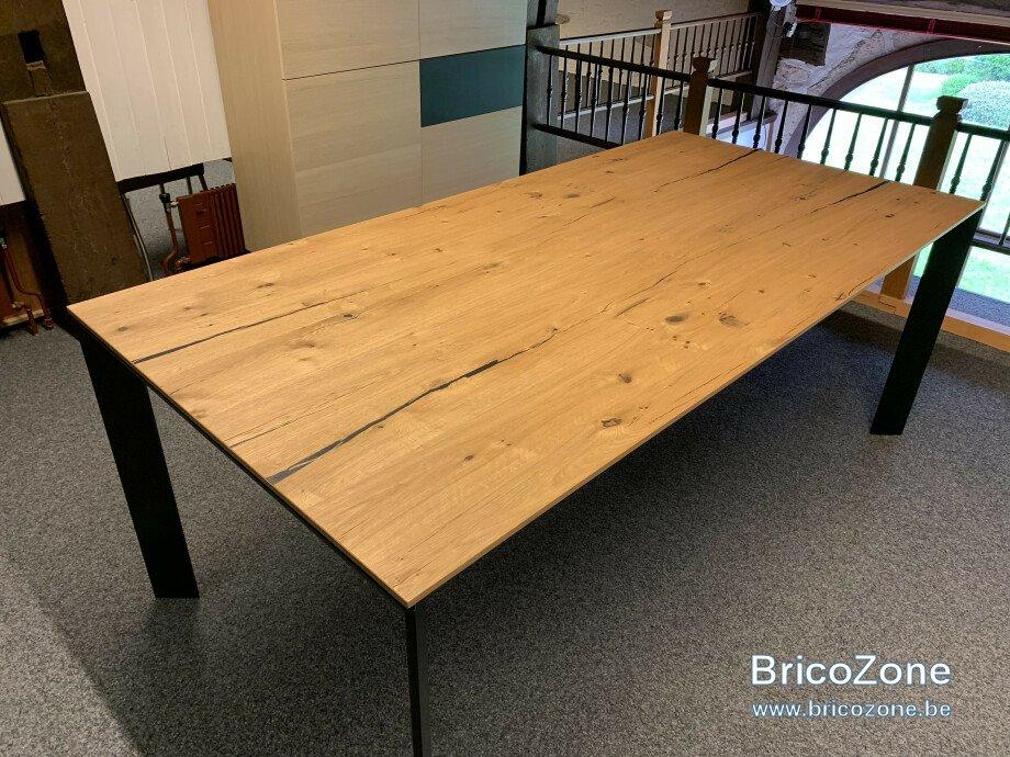 table-brooklyn-de-karel-mintjens-01.jpeg.jpg