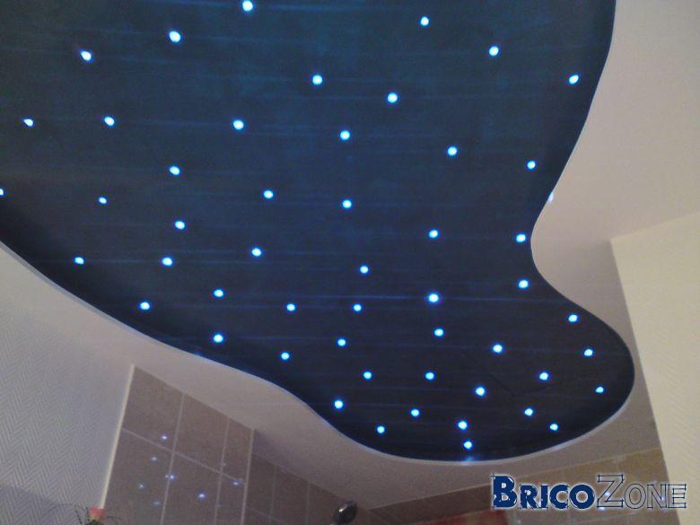Led au plafond etoile for Plafond chambre etoile