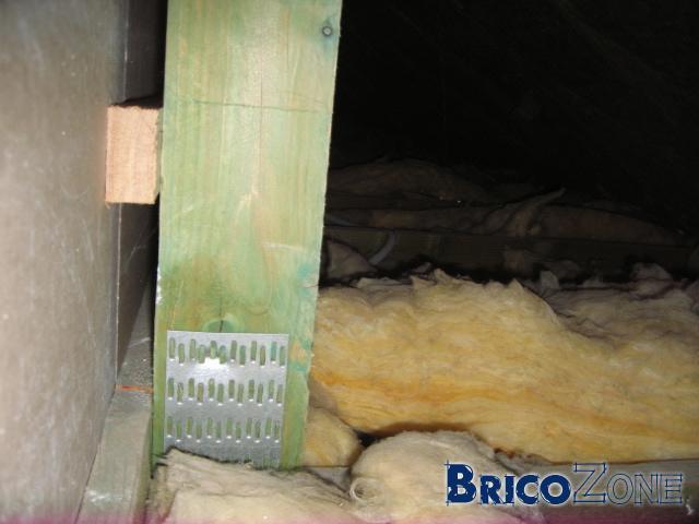 Câblage sous plancher OSB