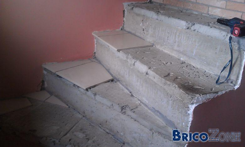Escalier b ton recouvrir de bois - Comment refaire des escaliers ...