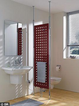 Peut-on fixer un radiateur sur vitre de la douche