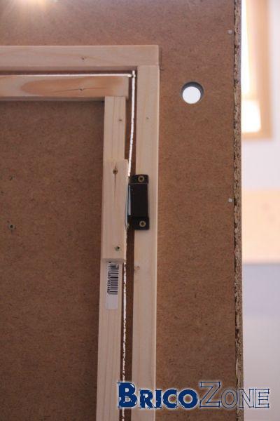 Découper dos armoire IKEA PAX pour en faire une porte