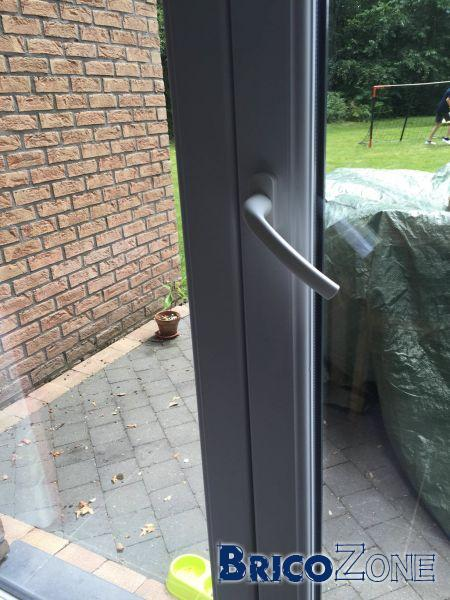 Porte Fenêtre Oscillo Battant Qui Ne Ferme Plus Complètement