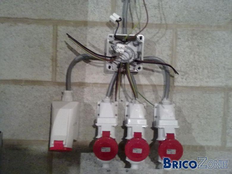 Comment bien connecter plusieurs cables de 6mm2 - Comment brancher plusieurs ampoules ensemble ...
