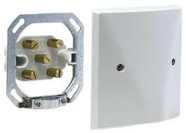 Installation four et taque élèctrique