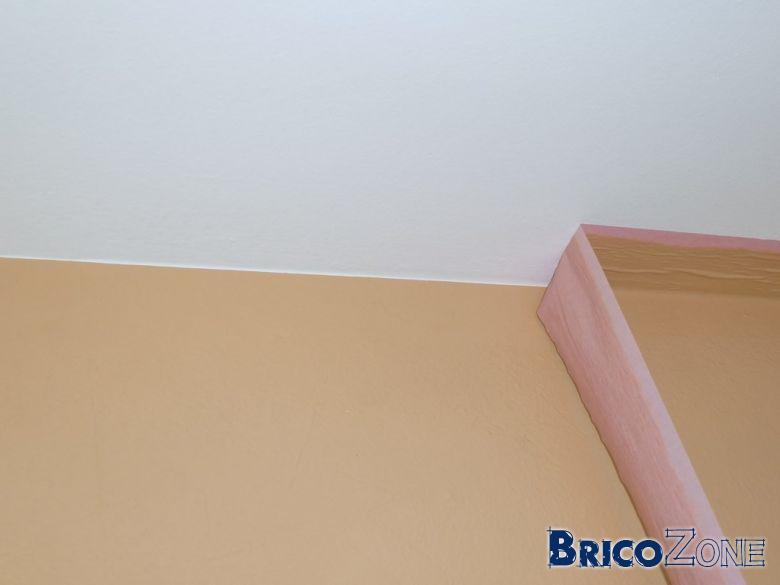 Peinture enfin de la bande cache qui marche for Decoller peinture plafond