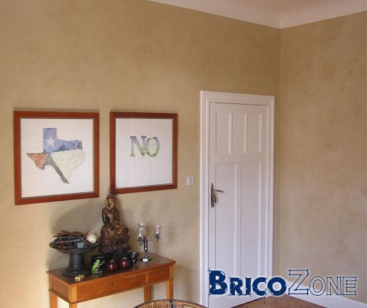 Peinture effet trace ponge et autres - Peinture plafond trace ...