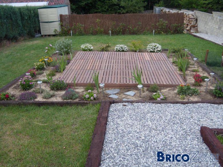 Vos photos de jardin page 3 for Terrain de petanque dans son jardin