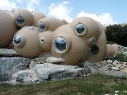 """avez vous deja pensez aux maisons """"bulles """""""