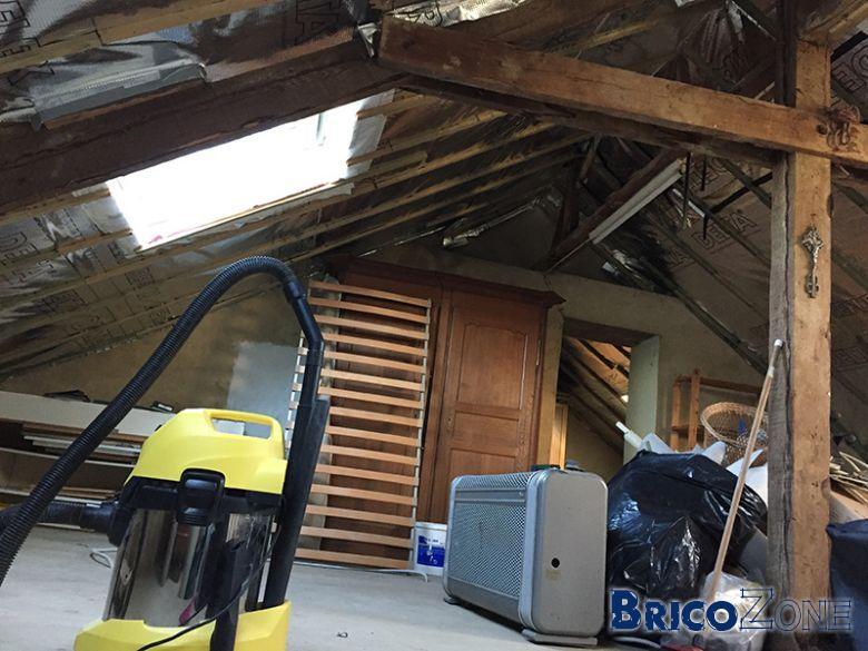 Contre lattage sous toiture gyproc - Pare vapeur toiture ...