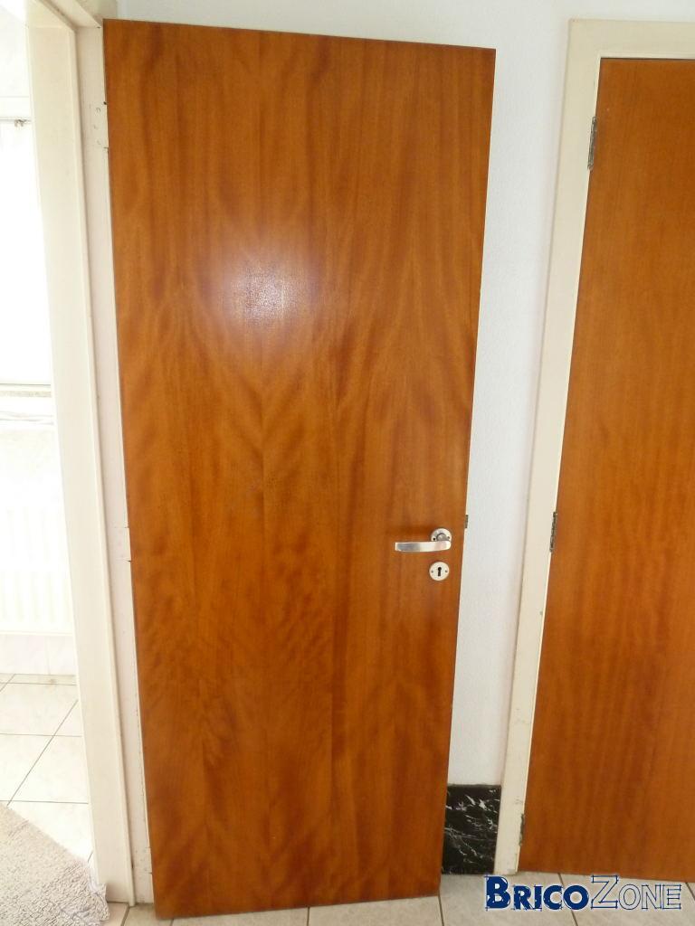 o trouver ce vieux type de porte. Black Bedroom Furniture Sets. Home Design Ideas
