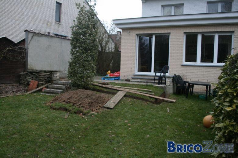 conseils pour terrasse sur b ton imperm able et plane et agrandissement sur jardin. Black Bedroom Furniture Sets. Home Design Ideas