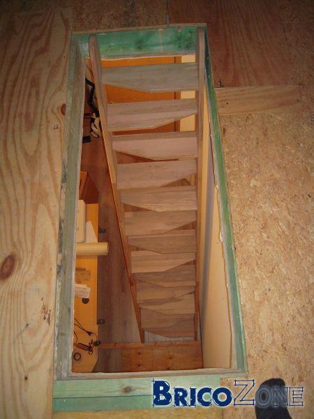 escalier japonais ou en trouver. Black Bedroom Furniture Sets. Home Design Ideas