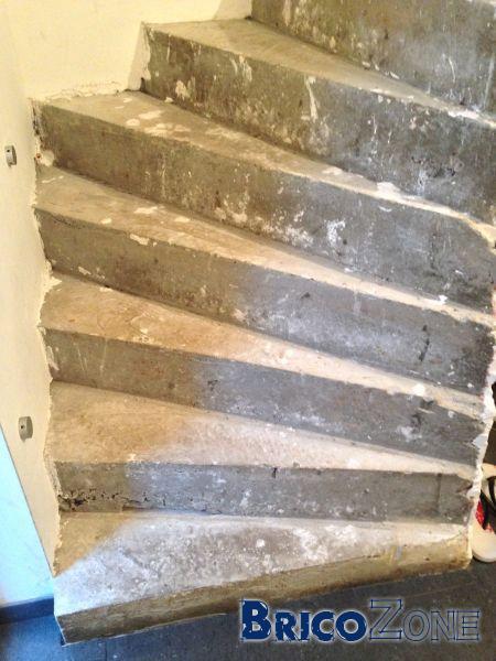 Aide pour dessiner un escalier 1/4 tournant