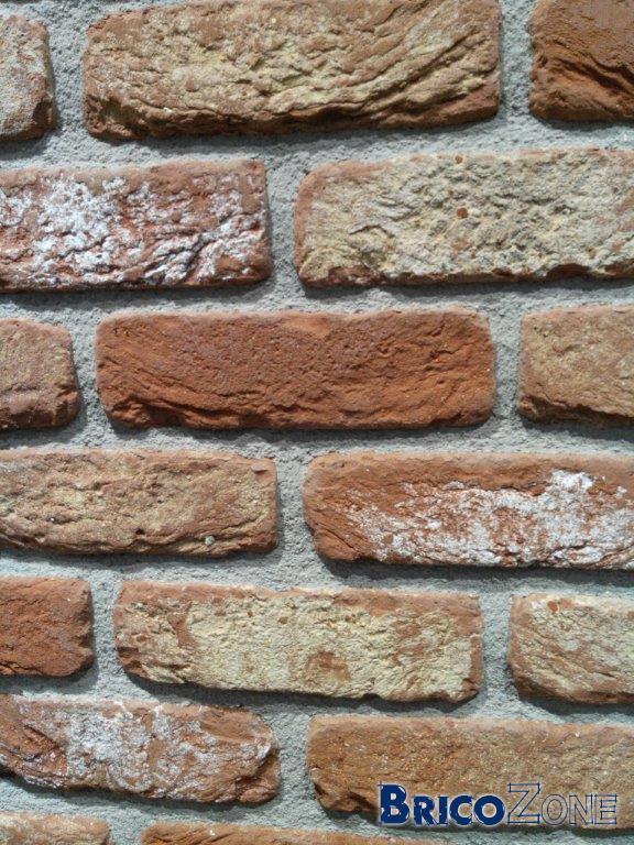 Joint de finition brique