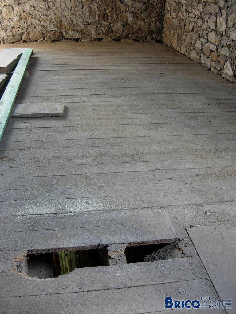 Renover Un Carrelage Ancien plancher centenaire bien attaqué - remplacer ou recouvrir?