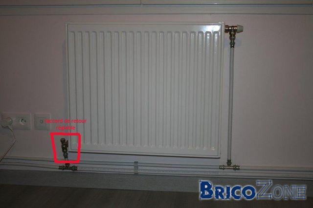 radiateur fuite robinet fabulous fuite robinet radiateur fuite deau au niveau du robinet. Black Bedroom Furniture Sets. Home Design Ideas