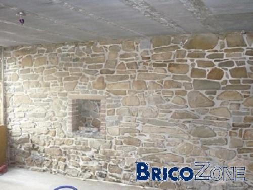 Mur en pierres int rieur for Joint pierre exterieur terrasse