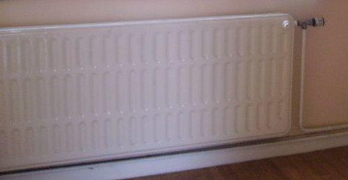 remplacement vieux radiateur en fonte. Black Bedroom Furniture Sets. Home Design Ideas