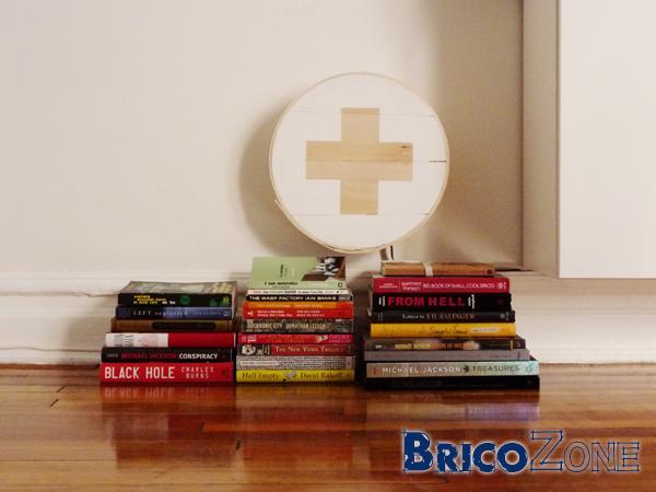 Boite décorative en bois et prises électriques