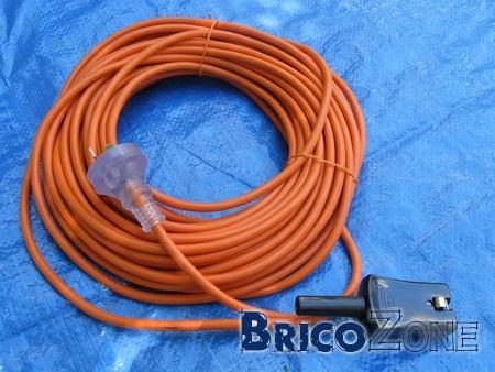 (Recherche) Cable pour vieil aspirateur industriel Nilfisk