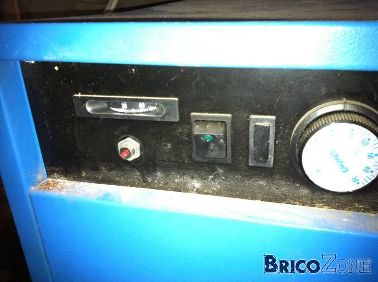 Chaudi�re St Roch: Un bouton rouge r�calcitrant