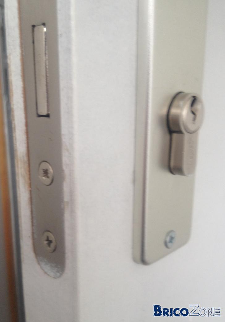 Conseils serrure et porte d 39 entr e for Changer la serrure d une porte