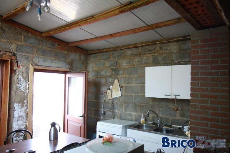 isolation sous panneaux isolants de toiture. Black Bedroom Furniture Sets. Home Design Ideas