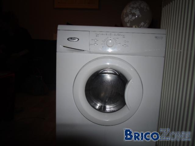 Machines � laver Whirlpool AWO D47115