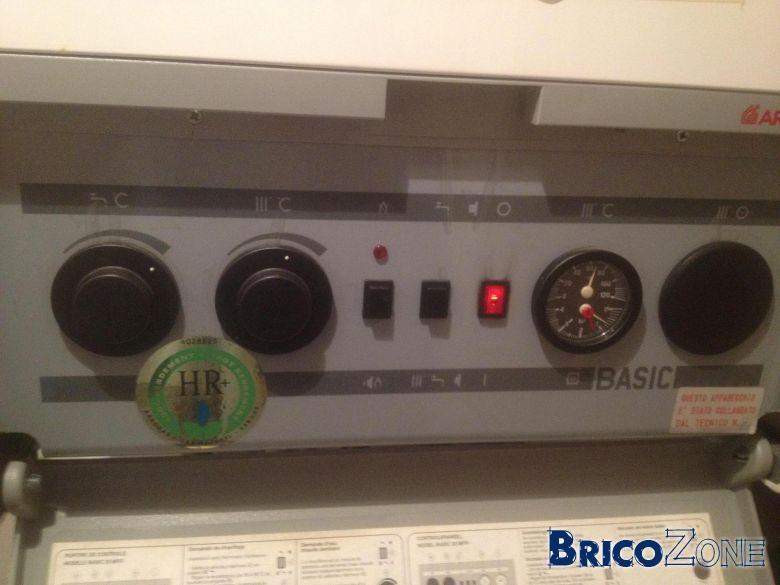 les robinets de pression de chaudiere