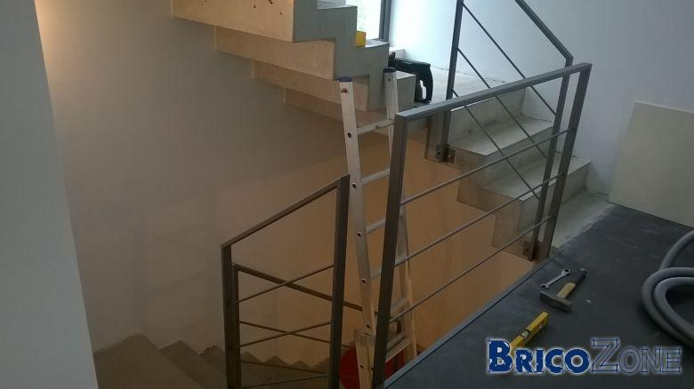 Revêtement escalier en béton