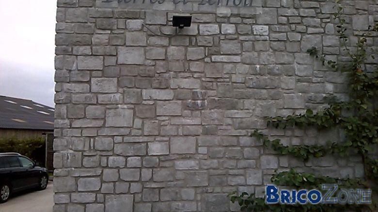 Plaquettes de parement en pierres mur extérieur
