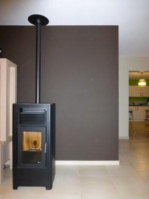 d placer un poele pellet. Black Bedroom Furniture Sets. Home Design Ideas