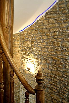 solution ??? pour Profilé led flexible pour descente escalier pas droit ...