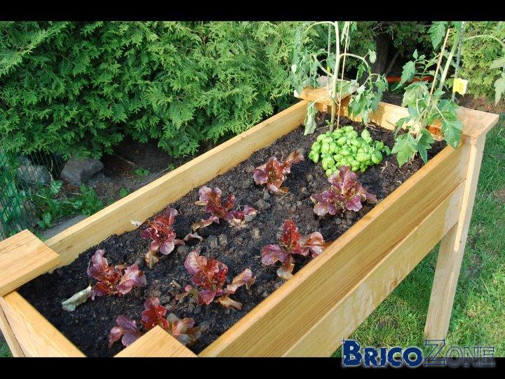 Creation d 39 un potager surelev page 3 for Bac a potager pas cher